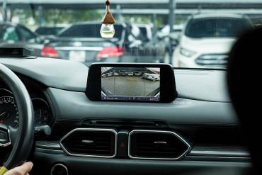 Các thiết bị nên - không nên lắp đặt trong ô tô
